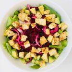 Salata cu piept de pui reciclat