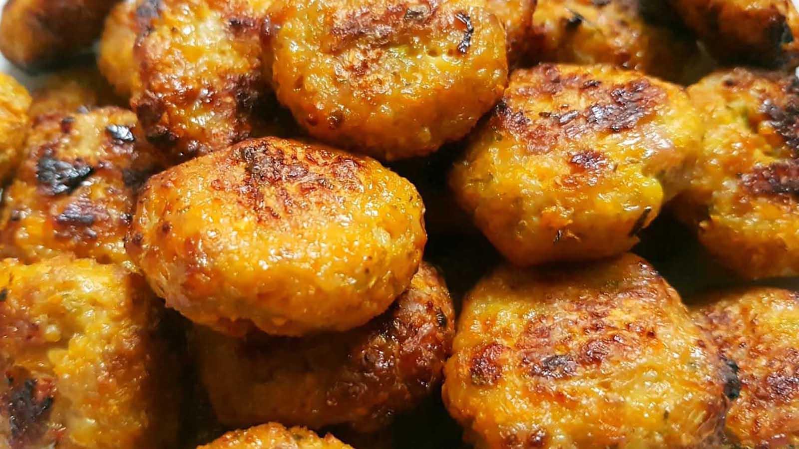 Chiftele la cuptor cu pui și cartof dulce