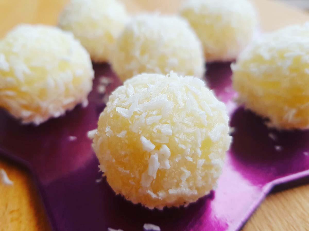 Rafaello AIP – biluțe de cocos fără zahăr