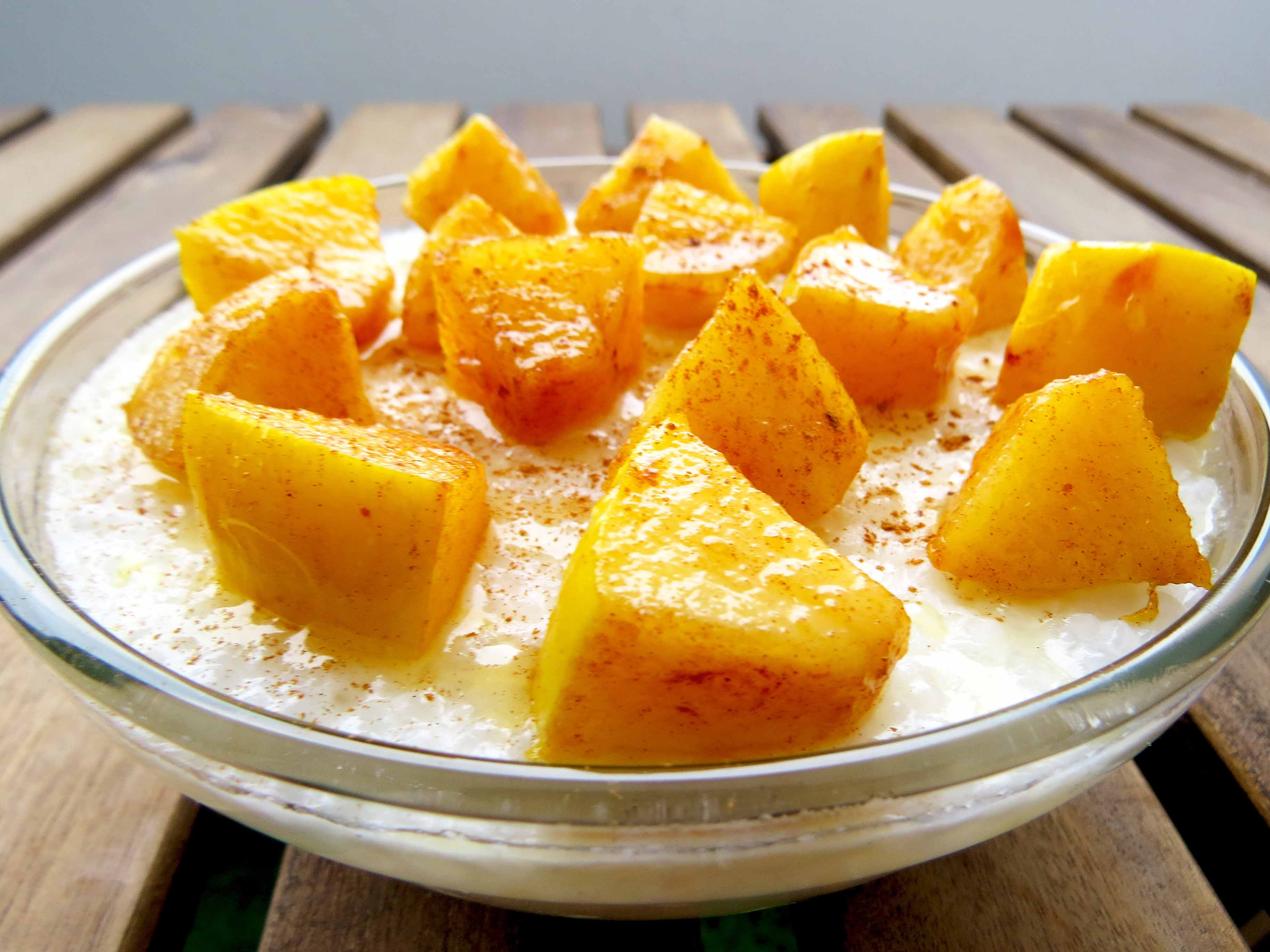 Budincă de tapioca cu lapte de cocos