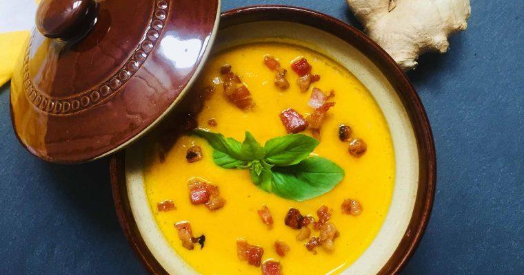 Supă cremă de morcovi copți cu ghimbir