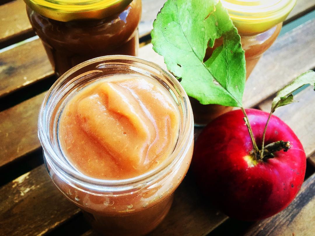Piure de mere aromat la slow cooker